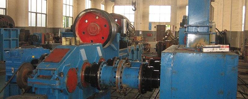 Fluorite powder ball machine